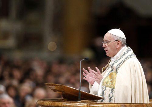 Francisco decreta una mejor justicia en la Iglesia