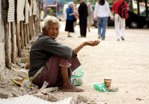 Ocultar a los pobres es ocultar a Dios